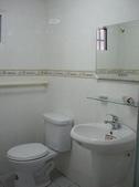 裝潢成果:浴室整修,浴室翻修,浴室翻新,磁磚施工,衛浴整修估價,衛浴整修台北