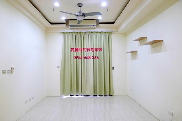 太睿郡13F-客廳.JPG - 成功國中【太睿郡】美三房