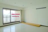 高鐵【極光琉璃】:極光琉璃C2-15F客廳.JPG