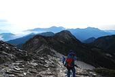 北一段縱走day3-南湖大山東峰、馬比杉山:DSC_0374.JPG
