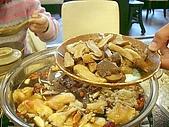 佰菇園聚餐:各種菇菇丟下鍋