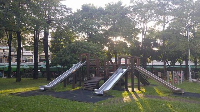 嘉義市文昌公園2.jpg - 累積時間。累積幸福。滑梯之旅