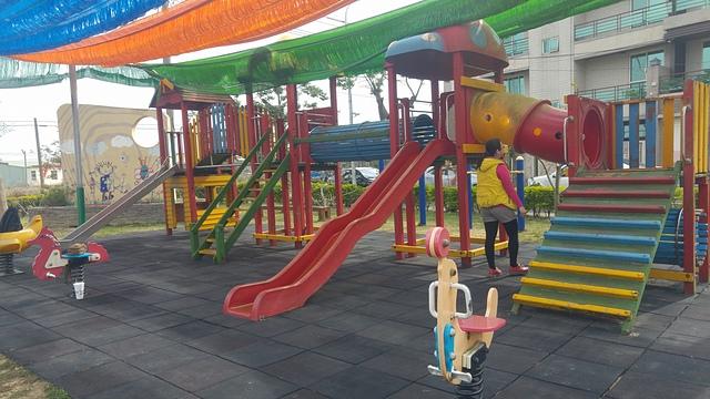 新港幼兒園.jpg - 累積時間。累積幸福。滑梯之旅