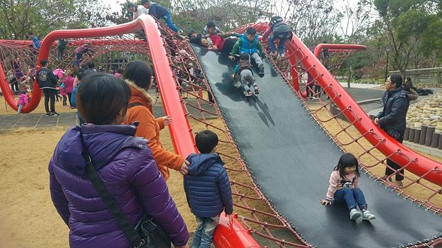 清水鰲峰山公園.jpg - 累積時間。累積幸福。滑梯之旅