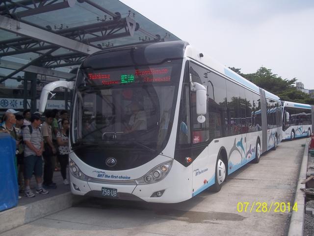公車巴士-巨業交通:巨業交通  758-U8