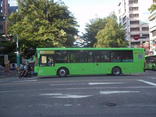 公車巴士-統聯客運集團:統聯客運 695-FZ
