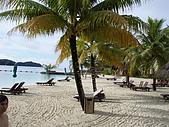帛琉真美麗四日遊DAY1&DAY2:老爺飯店的沙灘照片看很大實際很小一區而以.JPG