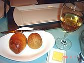 鬥牛士&頂級夏慕尼新香榭鐵板燒&佰鈺校友會IN義式古拉爵:好吃的現烤面包和香檳.jpg