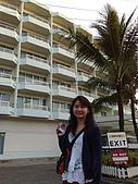 帛琉真美麗四日遊DAY1&DAY2:帛琉大飯店外面建築物.jpg