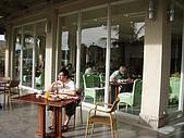 帛琉真美麗四日遊DAY1&DAY2:我和我家安好久沒有那麼早吃早餐了.JPG