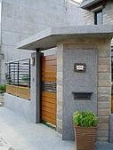 94年獨立室內設計作品(新營黃公館獨棟設計):外觀入口