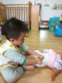 AA Play time 3 活動寫真:幫娃娃換尿布