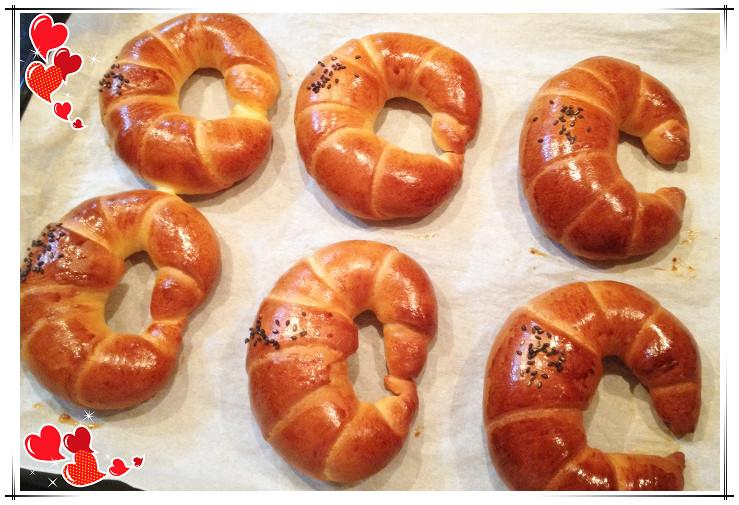 自製紅豆牛角麵包:照片 (3)_副本_副本-1.jpg