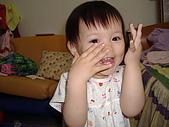 200705小昀蓁的居家生活...:哇...哇...把媽媽嚇一跳了.....