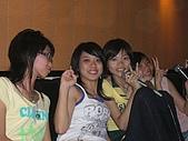 06-08-15 慶祝普和哆生日〞KTV.:女人們˙..