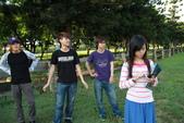 MIS小組討論之外拍照:12-04-30_MIS小組討論外拍照 (15).JPG