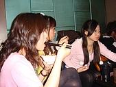 壽星-阿萱:09-04-11_ㄚ萱提前慶生in HolidayKTV (4
