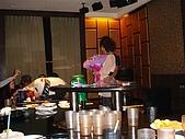 壽星-阿萱:09-04-11_ㄚ萱提前慶生in HolidayKTV (7