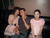 壽星-阿萱:09-04-11_ㄚ萱提前慶生in HolidayKTV (11