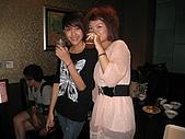 壽星-阿萱:09-04-11_ㄚ萱提前慶生in HolidayKTV (15