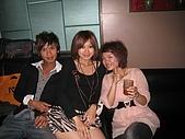 壽星-阿萱:09-04-11_ㄚ萱提前慶生in HolidayKTV (20