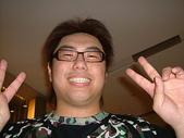 私人聚會:江小瓜...不管從哪一個方向拍...你ㄉ臉都粉大耶!.JPG