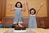 雙胞胎生日-2013.08.17:DSC_3646 (複製).JPG