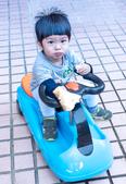 20151122_小啵啵玩車車&跳舞: