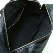LV經典熱賣男包-全部現貨-實物拍攝 :包包51號 LV-N45252-藍黑色棋盤格紋斜背雙層包尺寸寬35高28 x 高16CM=2500 (2).jpg