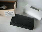 LV短夾-全部現貨-實物拍攝 :皮夾1號 LV M62630 黑色水波紋鑰匙包=750.jpg