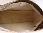 LV經典人氣女包-全部現貨-實物拍攝:4-包包11號 LV-M40259-Monogram ARTSY肩揹包大號 尺寸:W50H36D25CM=2500 (2).jpg