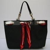 GUCCI時尚經典女包-全部現貨-實物拍攝:包包168號 z GUCCI-153033-時尚流行雙G布料絲巾購物包-黑色尺寸W38H30D10CM=2500.jpg
