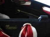 GUCCI時尚經典女包-全部現貨-實物拍攝:包包168號 z GUCCI-153033-時尚流行雙G布料絲巾購物包-黑色尺寸W38H30D10CM=2500 (2).jpg