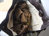 GUCCI時尚經典女包-全部現貨-實物拍攝:包包161號 z GUCCI-211943-時尚經典休閒單肩手提包包 蛇紋尺寸W45H30D16CM=2500 (2).jpg