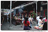 艋舺龍山寺:100627-1 (20).jpg