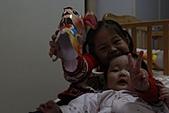 20110217_小妞_允兒_仁華里兔年小提燈:IMG_0804.JPG