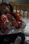 20110217_小妞_允兒_仁華里兔年小提燈:IMG_0806.JPG