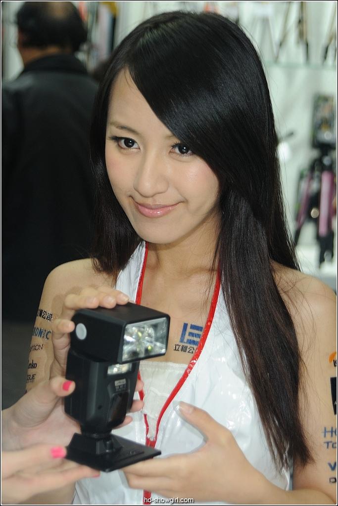 2011.10.29 攝影器材展:hd-showgirl.com_DSC_7234.jpg