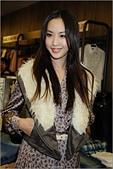 2011.10.23 中和環球購物中心 Earl Jean:hd-showgirl.com_DSC_6675.jpg