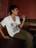 英文營聚餐:歌王威宇