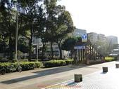 20110114 第一天 橫濱港未來21、紅磚倉庫、LAND MARK 購物廣場:發現飯店門口有 橫濱市營地下鐵 出入口