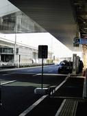 20110114 第一天 橫濱港未來21、紅磚倉庫、LAND MARK 購物廣場:等候接我們的巴士