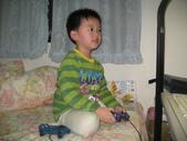 2010.03.13回板橋:2010.03.13於板橋宅玩電玩.JPG