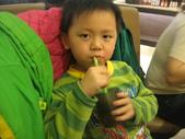 2010.03.13回板橋:2010.03.13於雙十路貴族世家牛排館 (6).JPG