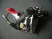 1/12 Yamaha YZR-M1 04 製做公開:換一點角度看還是很正!