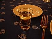 20090128-0206 匈牙利奧地利德:這時已經大約是中午12:00左右,所以先來杯當地的酒