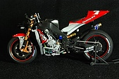 1/12 Yamaha YZR-M1 04 製做公開:DSC_4586