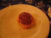 20090128-0206 匈牙利奧地利德:還有就是一個看起來很像波羅麵包的麵包...