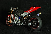 1/12 Yamaha YZR-M1 04 製做公開:DSC_4589