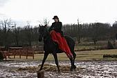 20090128-0206 匈牙利奧地利德:在匈牙利不僅男生會騎馬,連女生也是要會的!
